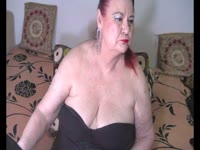 I am a hot and sensual mature lady always in the mood to have fun with you on cam